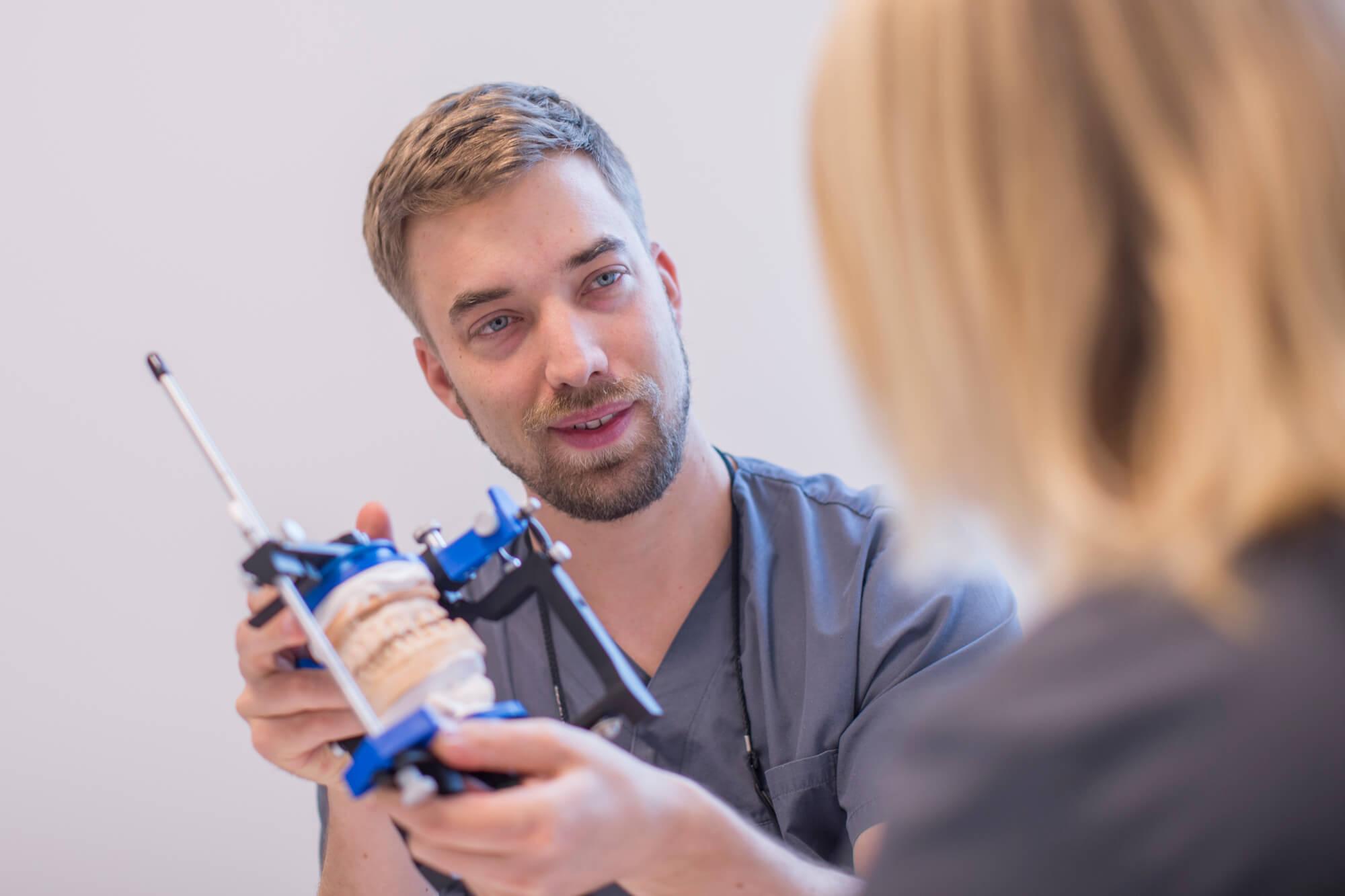 Teleskopprothesen sind eine gute Lösung für herausnehmbaren Zahnersatz