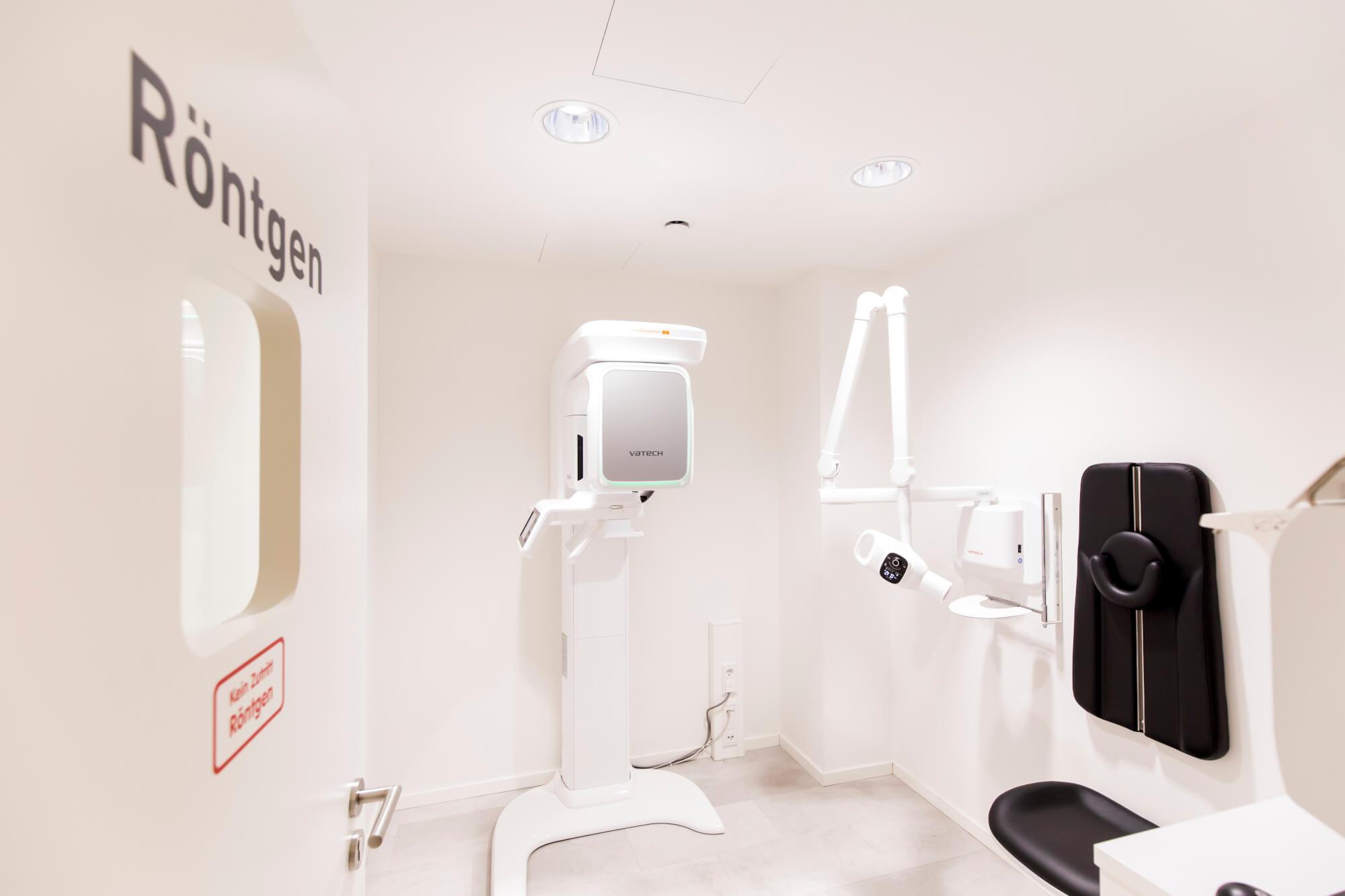 DVT-Röntgenaufnahmen können direkt über eine spezielle Software zur 3D-Implantatplanung am PC verwendet werden.