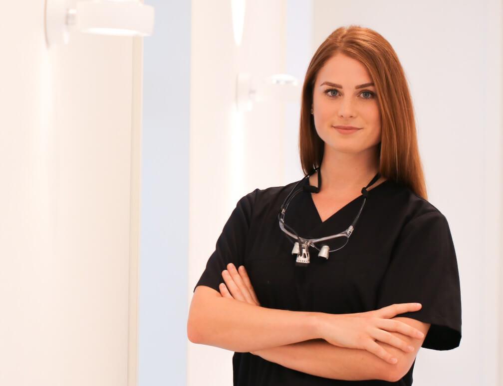 Ann-Kathrin Keper – Dentalhygiene Kinder und Jugendliche / Bleaching ( ZMP)