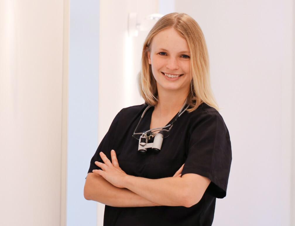 Dr. Lisa de Boer – Zahnärztin / DROS®-Therapeutin