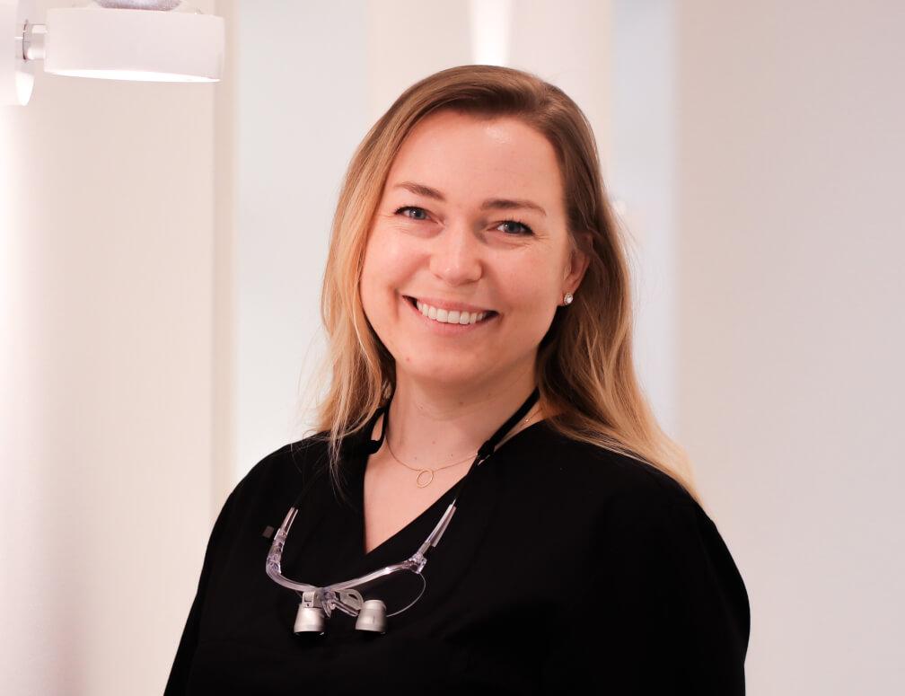 Dr. Desirée Kyas – Zahnärztin